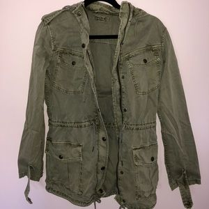 Aritzia Trooper Jacket (Army Green)
